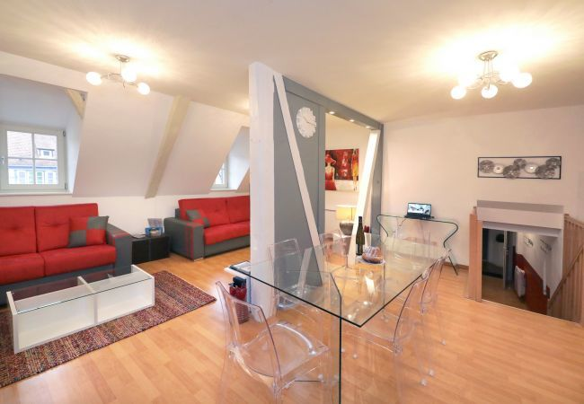 Appartement à Colmar - GLUCK **** duplex 97m² centre ville 3 chambres 2 w