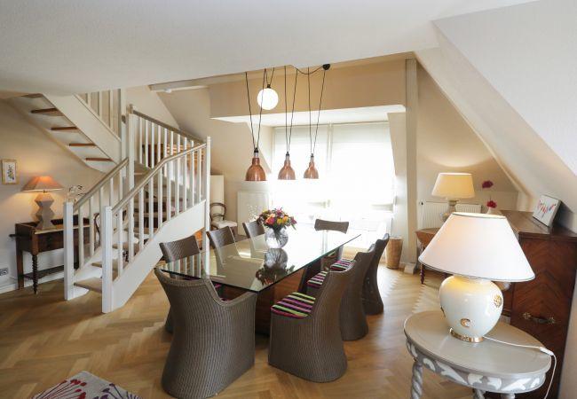 Appartement à Colmar - Le Duplex d'Hestia **** 10 personnes