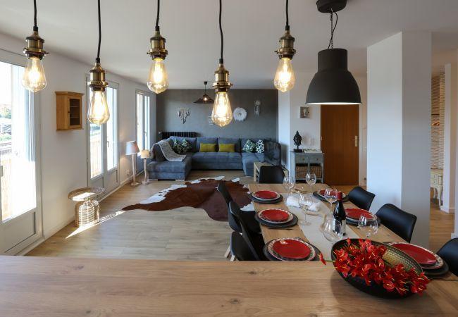 Appartement à Colmar - Appartement LHOTSE 3 chambres + 1 place de Parking