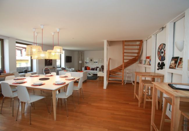 公寓 在 Colmar - BLOCH **** duplex 165m² centre ville 4 chambres 3
