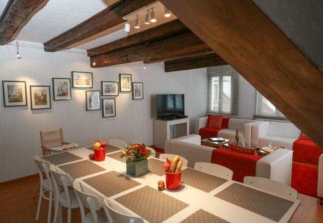 公寓 在 Colmar - HERZOG **** duplex CLIM 160m² centre ville 5 ch 3