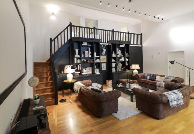 公寓 在 Colmar - HAUSSMANN **** duplex 225m² centre ville 5 ch 3 sd